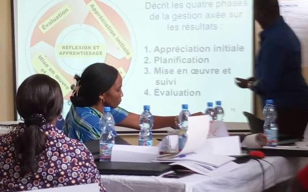 Formation en planification de projets et le reporting à l'intention des cadres de la Croix-Rouge de la R.D.C, du Congo Brazzaville et de la Fédération Internationale des Sociétés de la Croix-Rouge et du Croissant-Rouge basés à Kinshasa