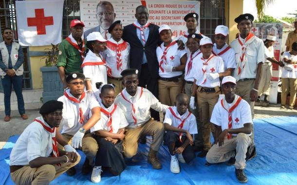 En séjour en RDC, le Secrétaire Général de la Fédération internationale des Sociétés de la Croix-Rouge et du Croissant-Rouge FICR, ELADJ AS Sy visite les volontaires de la Croix-Rouge de la RDC