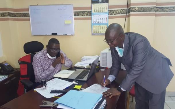 SIGNATURE DE L'ACTE DE DONATION D'UN LOT DES KITS SANITAIRES ENTRE LE CICR ET LA CROIX-ROUGE DE LA RDC POUR LA PREVENTION DU COVID-19